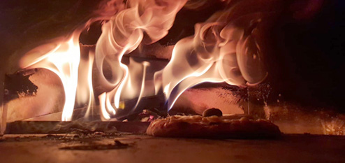 Pizzabacken als Teambuilding in der Offsite-Location in Nürnberg - Mehrwerkstatt